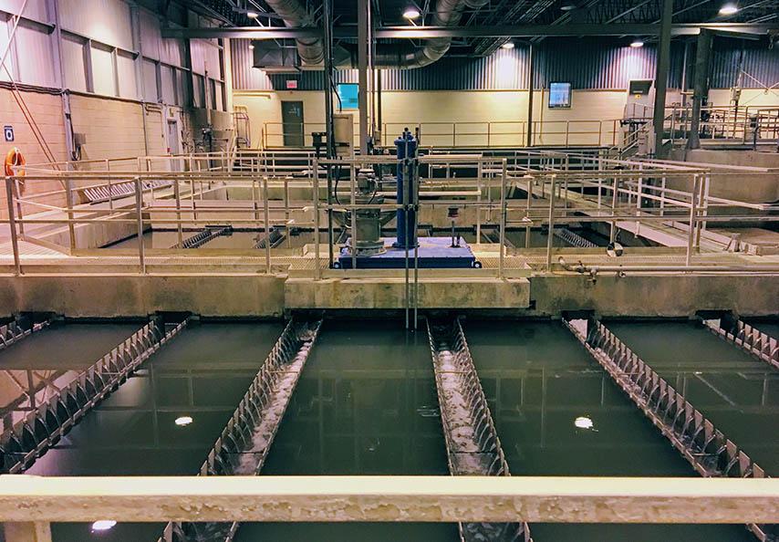 Viridis recycle annuellement plus de 80 000 tonnes de biosolides municipaux provenant de stations mécanisées d'épuration des eaux usées municipales.