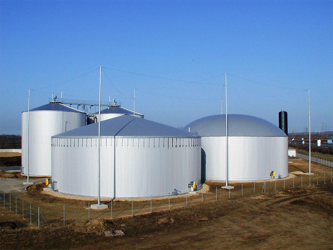 Silos de traitement pour le programme de biométhanisation du Québec